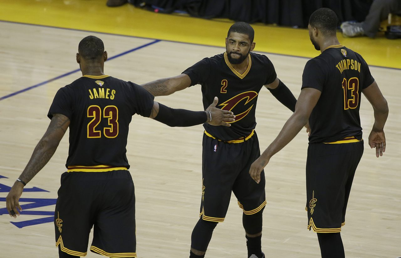 online store 13896 6908a Cavs stay alive in NBA Finals  James, Irving each score 41